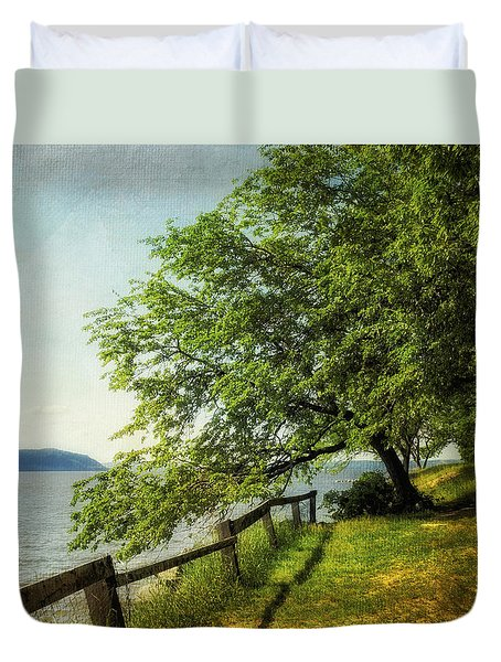 Mulberry On The Hudson Paint Duvet Cover