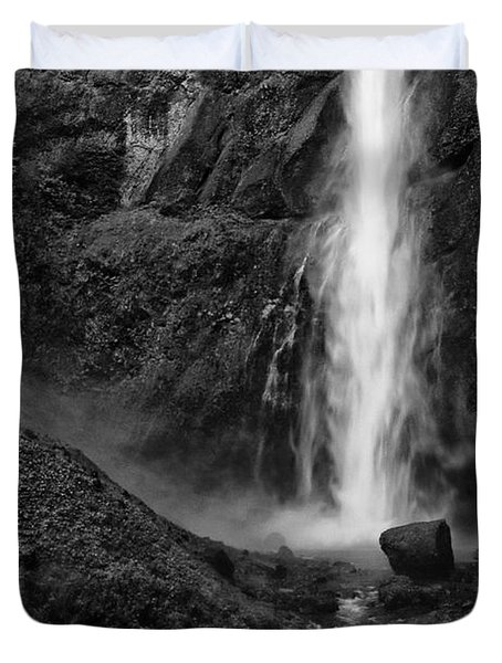 Multnomah Falls In Black And White Duvet Cover