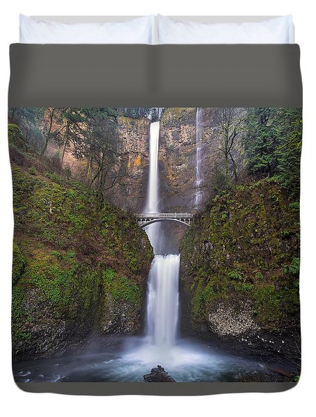 Multnomah Falls In Spring Duvet Cover by David Gn