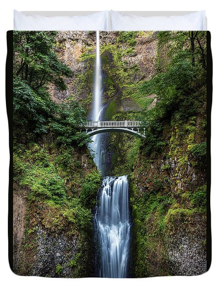 Duvet Cover featuring the photograph Multnomah Falls by Pierre Leclerc Photography