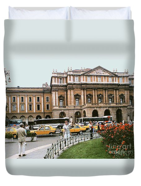 Duvet Cover featuring the photograph Museum Housing Leonardo Divinci's Last Supper Painting - Milan, Italy by Merton Allen