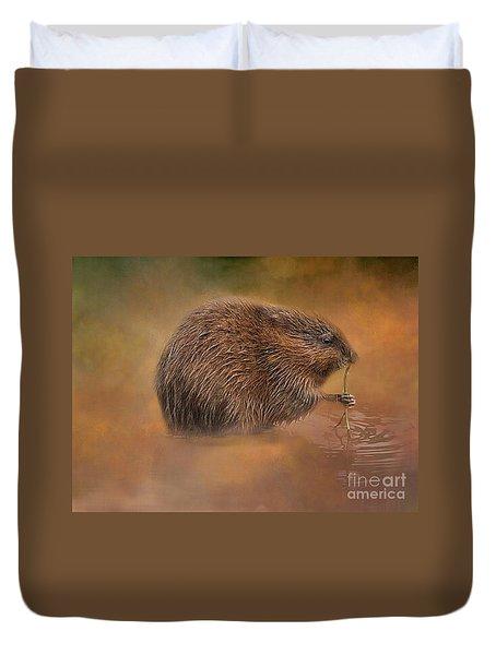 Muskrat Snack Duvet Cover