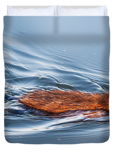 Muskrat Speed Swiming Duvet Cover