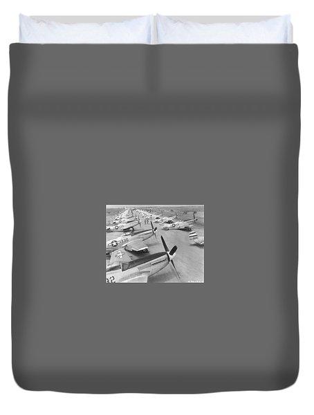 Mustangs On Iwo Jima 1945 Duvet Cover