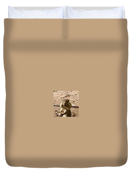 Duvet Cover featuring the photograph My Friend Mumpy  by Cliff Spohn