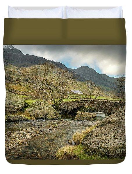 Duvet Cover featuring the photograph Nant Peris Bridge by Adrian Evans