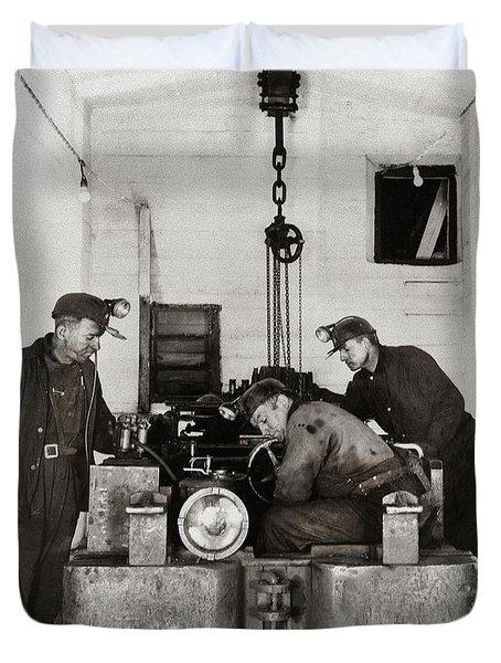 Nanticoke Pa Buttonwood Colliery Inman Shaft Glen Alden Coal Underground Motor Pit 1945 Duvet Cover