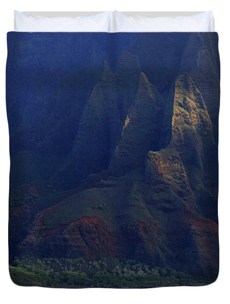 Napali Coast 2 Duvet Cover by Bob Christopher