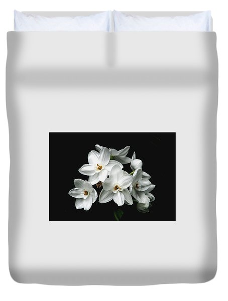 Narcissus The Breath Of Spring Duvet Cover by Angela Davies