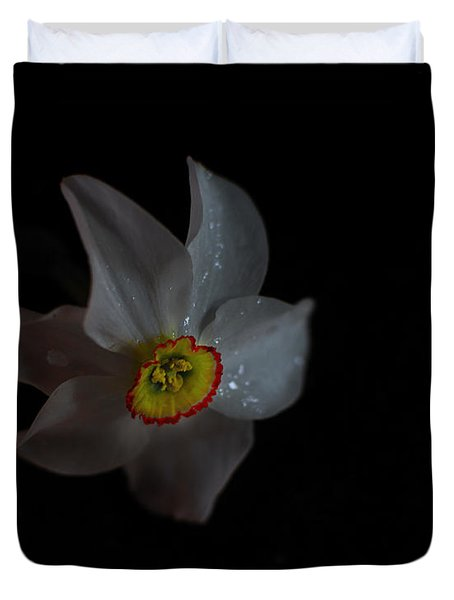 Duvet Cover featuring the photograph Narcissus by Susan Capuano