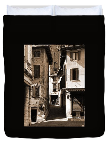 Narrow Streets Of Asolo Duvet Cover