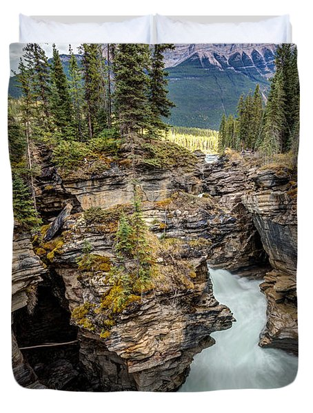 Natural Flow Of Athabasca Falls Duvet Cover