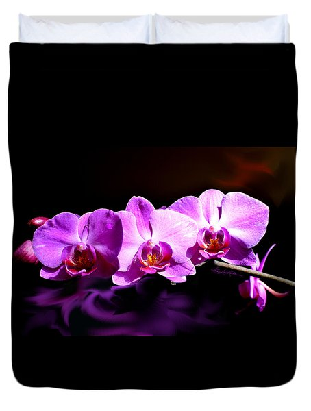 Duvet Cover featuring the photograph Nature's Tiara by Hanne Lore Koehler
