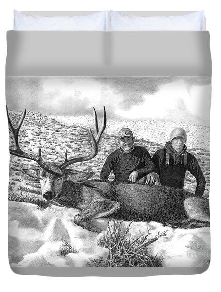 Navada Hunt 2015 Duvet Cover by Peter Piatt