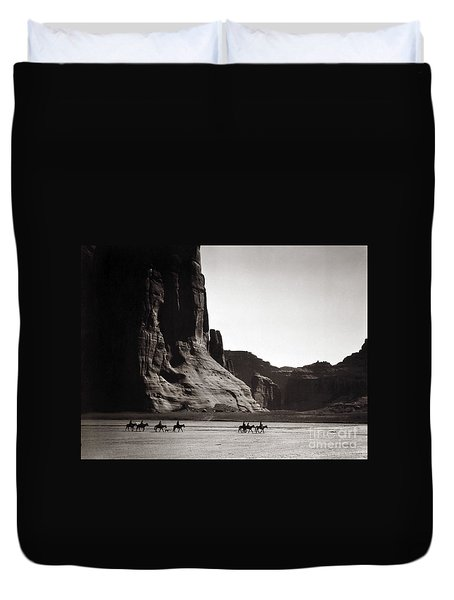Navajos Canyon De Chelly, 1904 Duvet Cover