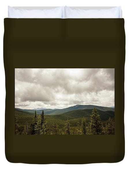 Near Monarch Pass At The Continental Divide Duvet Cover