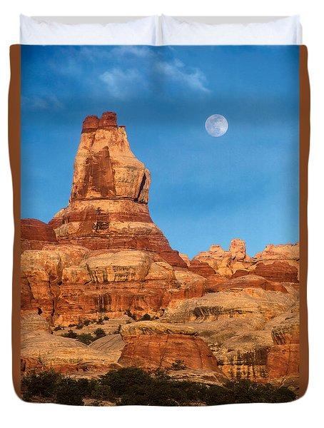 Needles Moonrise At Sunset Duvet Cover