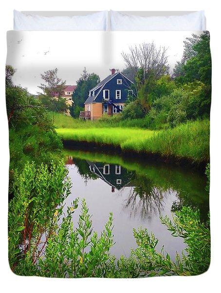 New England House And Stream Duvet Cover