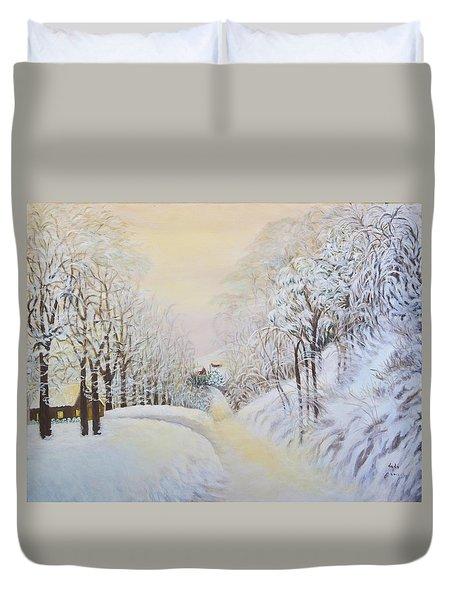 New Snow In Hunting Hills Duvet Cover by Douglas Ann Slusher