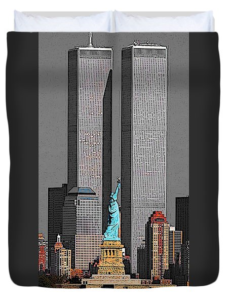 New York 911 Memory - Twin Towers And Statue Of Liberty Duvet Cover