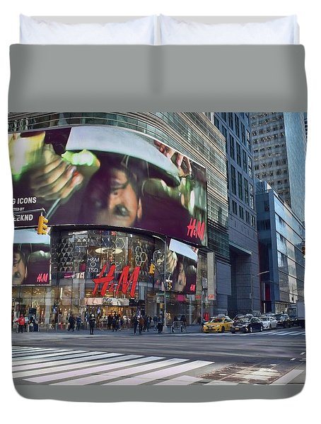 New York City - Broadway And 42nd St Duvet Cover