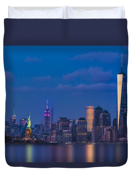 Duvet Cover featuring the photograph New York City Icons by Susan Candelario