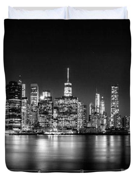 New York City Skyline Panorama At Night Bw Duvet Cover