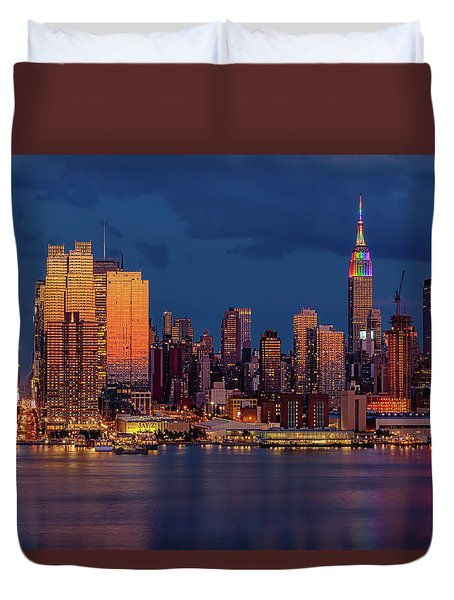 Duvet Cover featuring the photograph New York City Skyline Pride by Susan Candelario