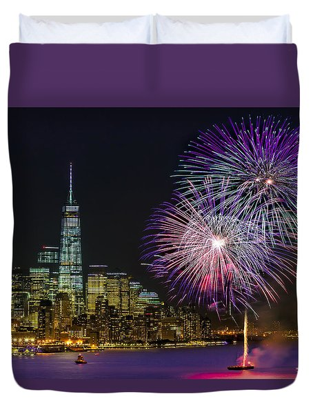 New York City Summer Fireworks Duvet Cover