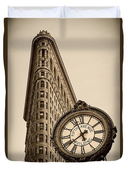 Duvet Cover featuring the photograph New York Flatiron by Juergen Held