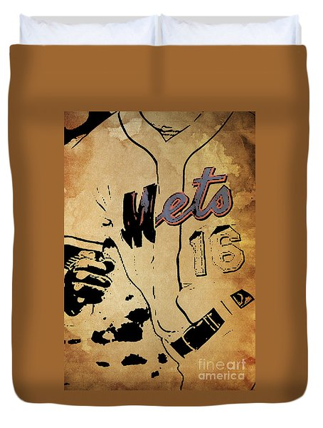 New York Mets 16 Red And Blue Vintage Cards On Brown Background Duvet Cover