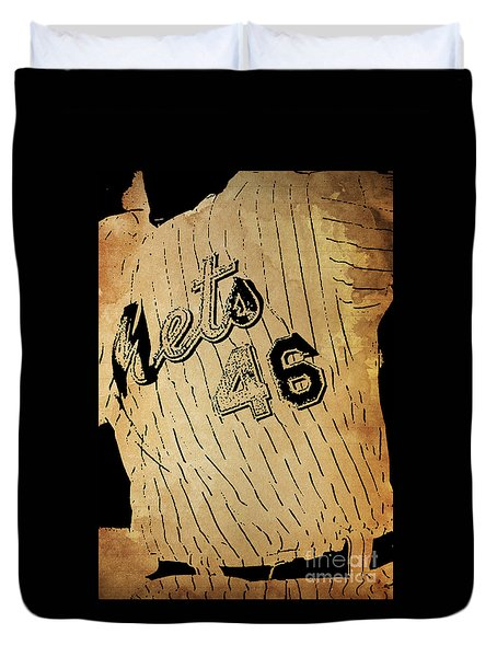 New York Mets 46 Red And Blue Vintage Cards On Brown Background Duvet Cover