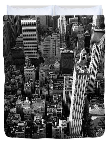 Duvet Cover featuring the photograph New York, New York 5 by Ron Cline