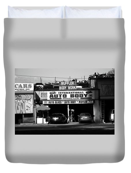 Duvet Cover featuring the photograph New York Street Photography 69 by Frank Romeo