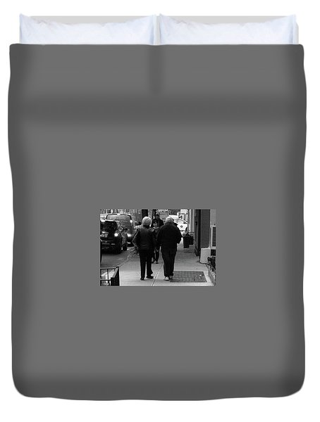Duvet Cover featuring the photograph New York Street Photography 75 by Frank Romeo