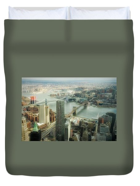 New York View Of East River Duvet Cover