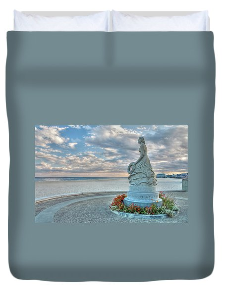 Duvet Cover featuring the photograph New Hampshire Marine Memorial by Wayne Marshall Chase