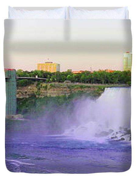 Niagara Falls At Dusk Duvet Cover