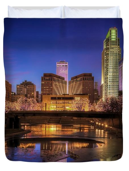 Night Cityscape - Omaha - Nebraska Duvet Cover