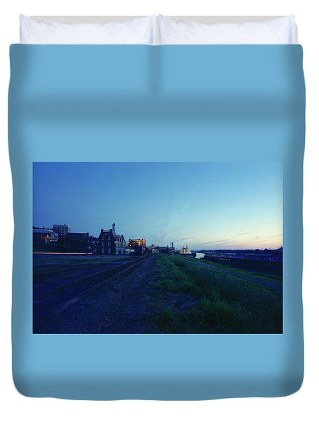Night Moves On The Mississippi Duvet Cover by Jan W Faul