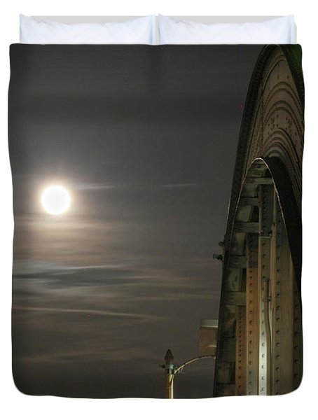 Night Shot Of The Los Angeles 6th Street Bridge And Supermoon #2 Duvet Cover