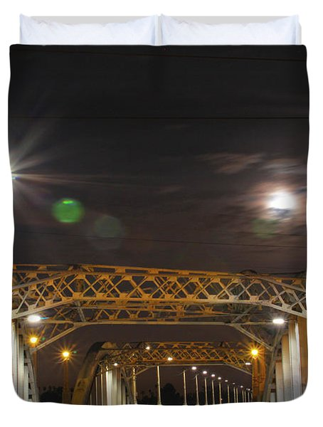Night Shot Of The Los Angeles 6th Street Bridge And Supermoon #5 Duvet Cover