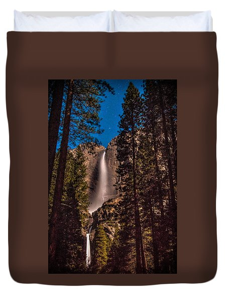 Night Sky At Yosemite Falls Duvet Cover