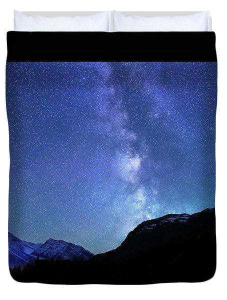 Night Sky In David Thomson Country Duvet Cover by Dan Jurak