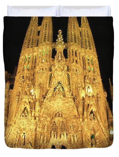 Night View Of Antoni Gaudis La Sagrada Duvet Cover