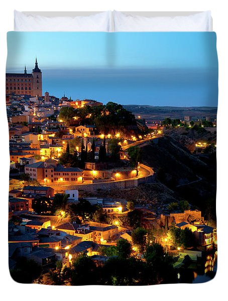 Duvet Cover featuring the photograph Nightfall Over Toledo by Harry Spitz