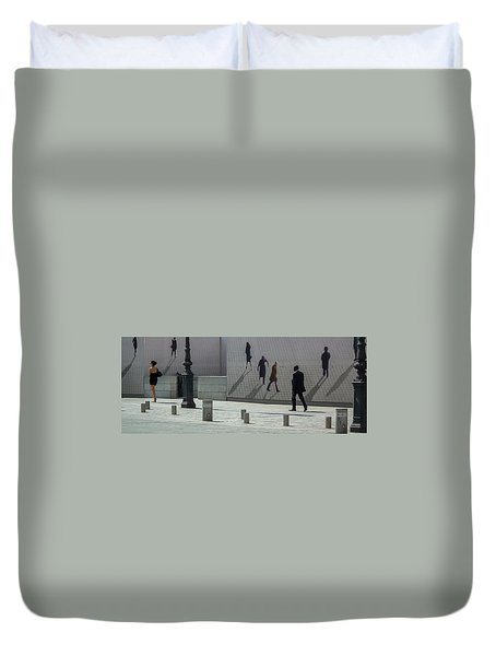 Nine Pedestrians At Place Vendome Duvet Cover