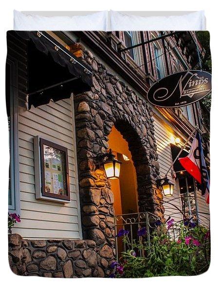 Nini's Restaurante Easthampton Duvet Cover