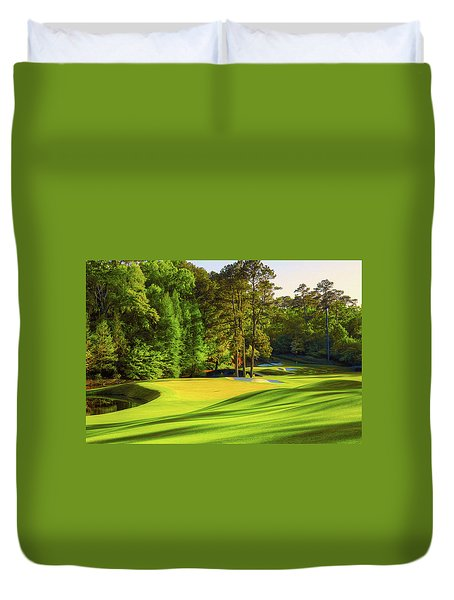 No. 11 White Dogwood 505 Yards Par 4 Duvet Cover