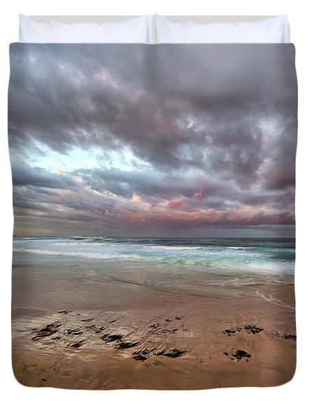 Nobbys Beach At Sunset Duvet Cover